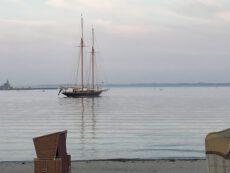 Eckernförde mit Segelschiff